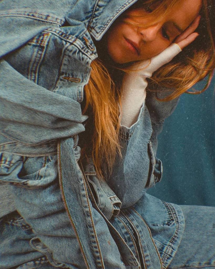 נסטיה בג'ינס