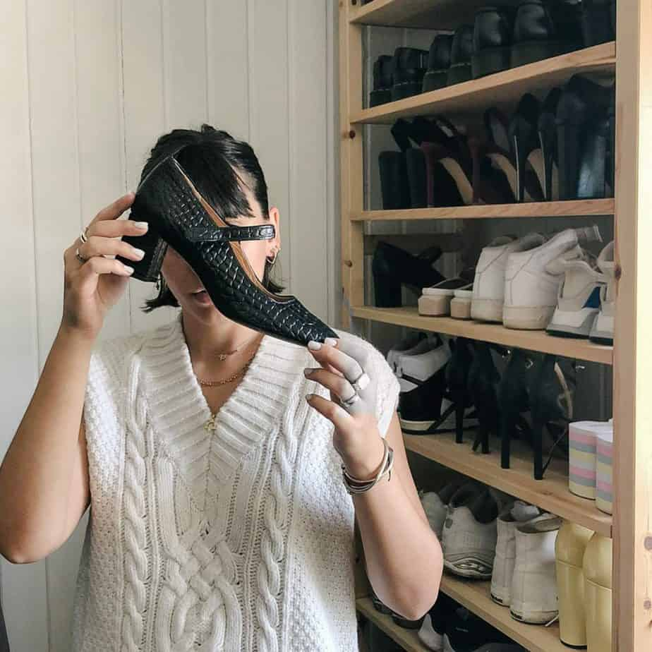 עמית ואוסף הנעליים
